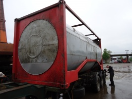 До ремонта танк-контейнера 1